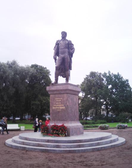Памятник с ангелом Багратионовск памятники на могилу в сафонове