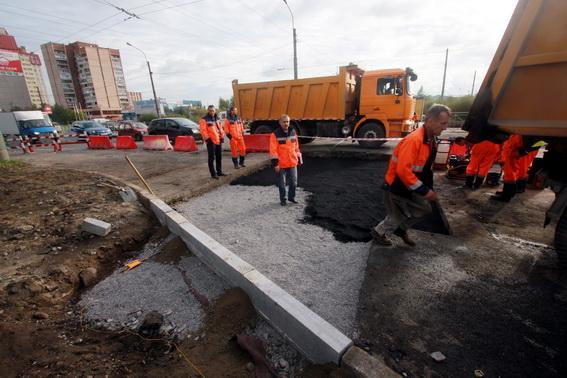 Демонтаж переезда на проспекте Большевиков