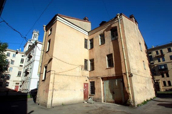 Дом на Трефолева, 18
