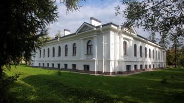 Софийская площадь, 1, литера Б, Молебный дом, церковно-причтовый дом, Пушкин, Софийский собор