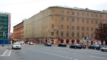 Улица Глинки, 2, Военно-транспортный университет на Театральной площади