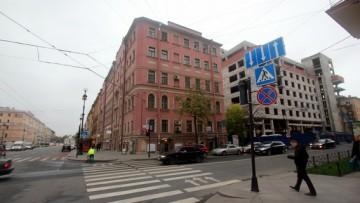 Улица Профессора Ивашенцова, отель