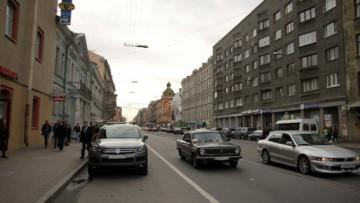 Часть Васильевского острова станет пешеходной