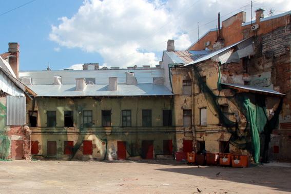 Дом Рогова со стороны двора