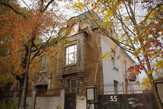 Фасад дома Шадрина