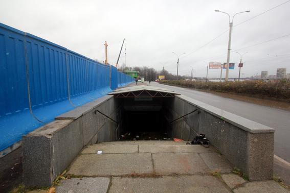 Пешеходный подземный переход Речного вокзала на проспекте Обуховской Обороны
