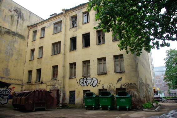 Дом на улице Тюшина, 6 без ремонта