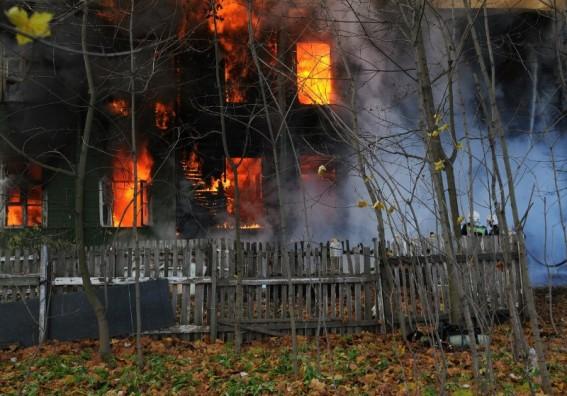 Улица Чекистов, 9, пожар