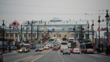 Движение по Дворцовому мосту