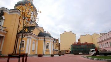 Моховая улица, Симеоновская церковь, воссоздание флигеля