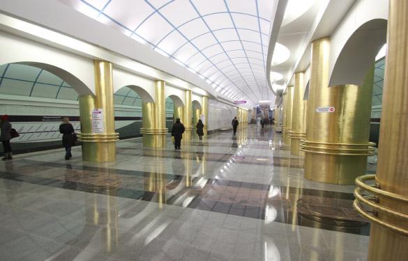 Станция метро «Международная» в Купчино