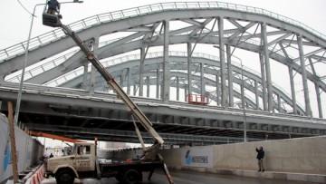 Тоннель под Американскими мостами