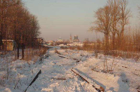 Территория за Варшавским вокзалом, частично демонтированные пути
