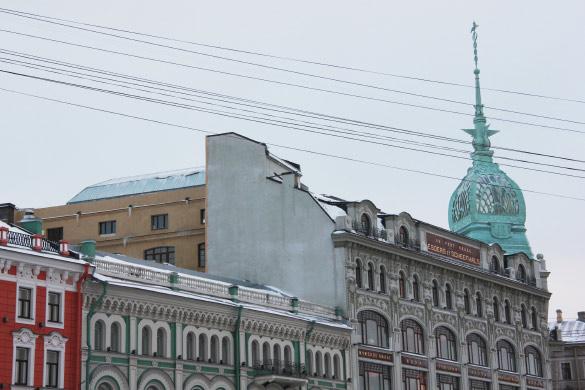 Дом с башней на набережной Мойки, 73, на углу с Гороховой улицей
