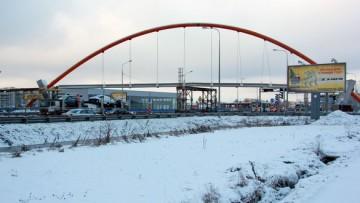 Строительство пешеходного перехода над Таллинским шоссе