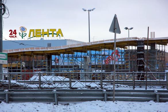 Строительство надземного перехода у Ленты