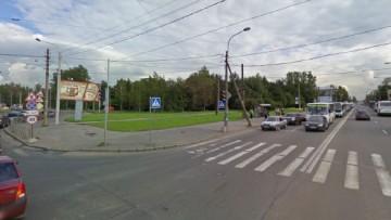 Пересечение Ириновского проспекта и улицы Коммуны
