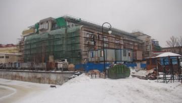 Строительство кинотеатра «Великан» в Александровском парке