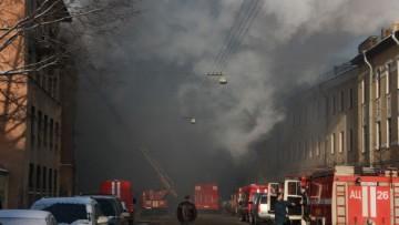 Серъезный пожар в Подъездном переулке, 13