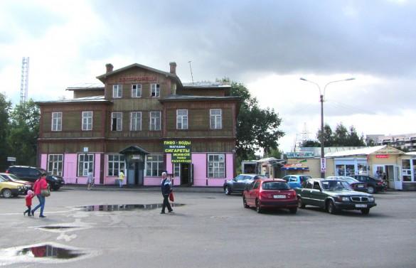 Деревянный вокзал в Сестрорецке
