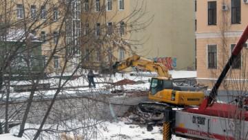 Строительство паркинга во дворе дома № 53 на 10-й линии Васильевского острова