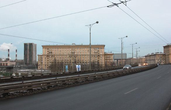 """Вид на дом """"Кронштадтский форт"""", Автово"""