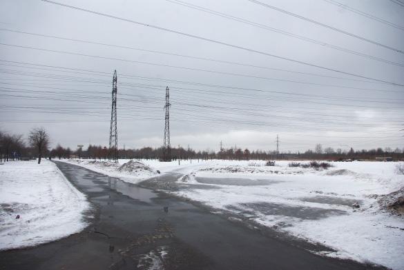 Парк напротив парка Малиновка