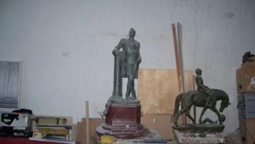 первоначальный вариант памятника Шаляпину