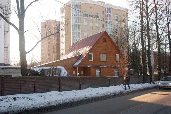 Поклонногорская улица, 14