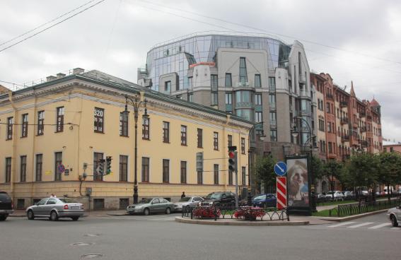 Проспекте Чернышевского, 4, Жилой дом «Таврический»