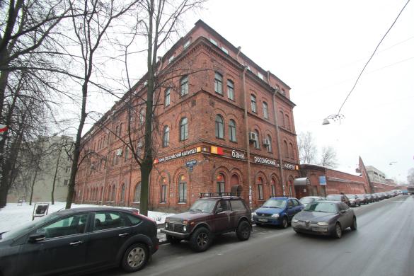Здание на Вагонмаша на Московском проспекте