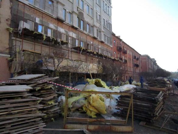 Дровяная улица, 6-8, обрушение лесов