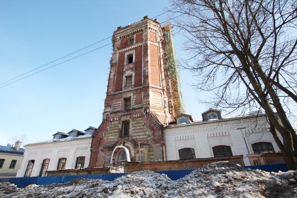 Певческая водонапорная башня в Пушкине
