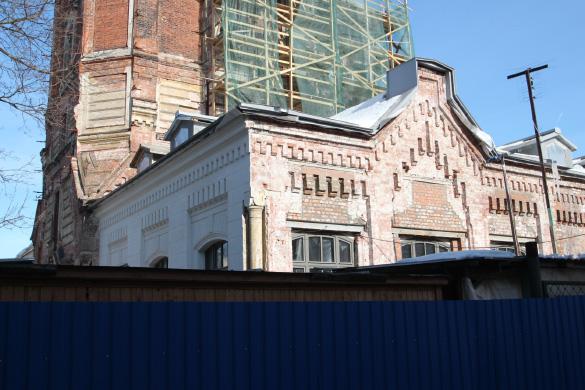 Певческую башню в Пушкине