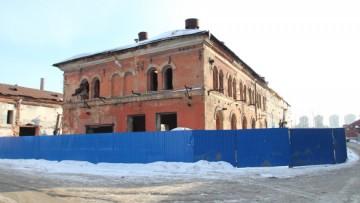 Историческое здание за Варшавским вокзалом