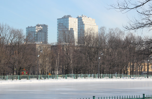 Жилой комплекс «Космос» на проспекте Юрия Гагарина, 7