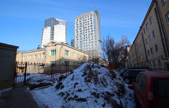 Высотный жилой комплекс «Космос» на проспекте Юрия Гагарина, 7