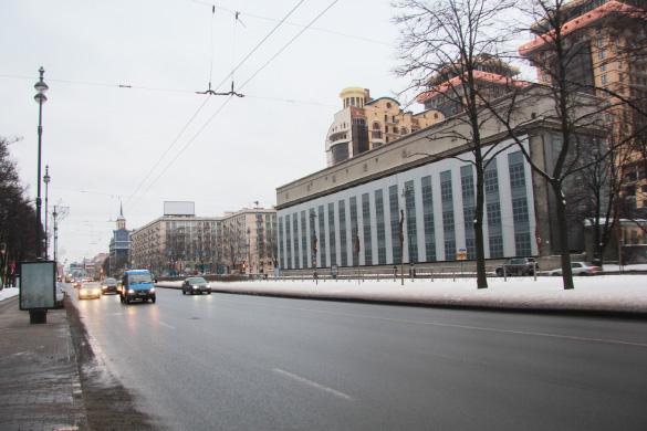 Московский, 94