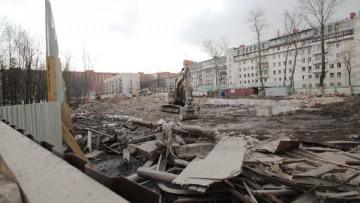 Снесенное конструктивистское здание. Площадка под строительство нового кампуса Политеха на улице Хлопина