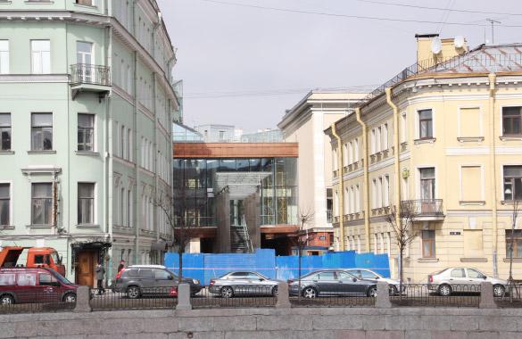 Малая сцена Александринского театра, вид с Фонтанки