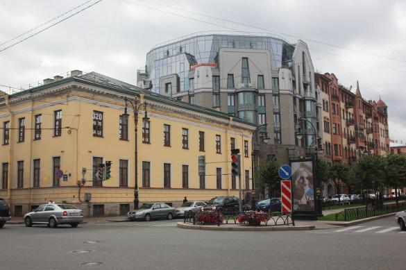 Жилой дом на проспекте Чернышевского, 4