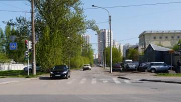 ЛенспецСМУ перегородило Гжатскую улицу жилым домом