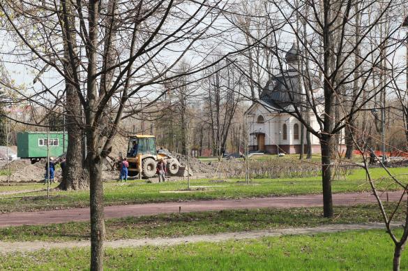Мемориалы в парке Победы