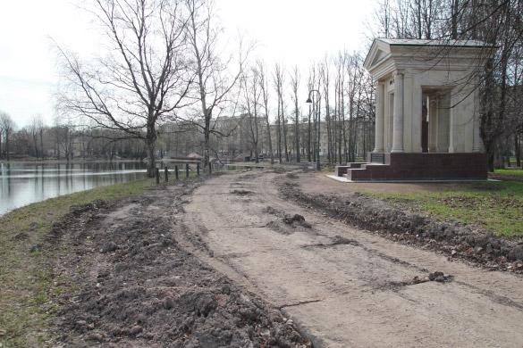 Парк Победы, мемориалы