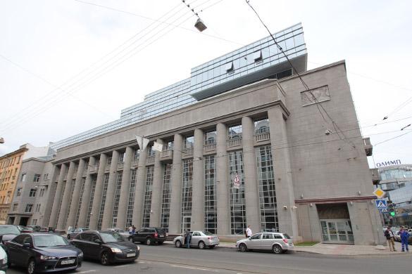 """Бизнес-центр """"Renaissance Pravda"""" на Херсонской улице, 12-14"""