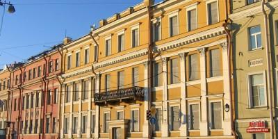 Дом Трезини на Университетской