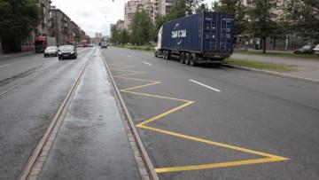 Некорректная разметка трамвайных остановок на Маршала Говорова