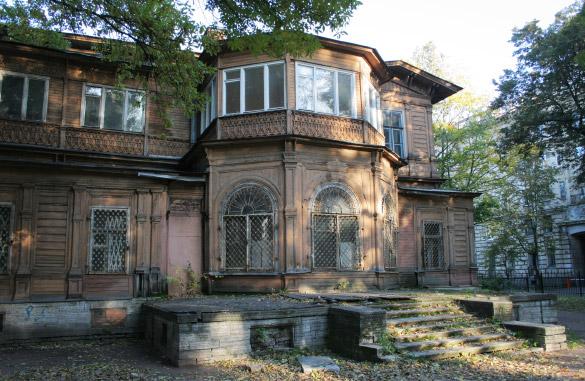 Дача Громова в Лопухинском саду