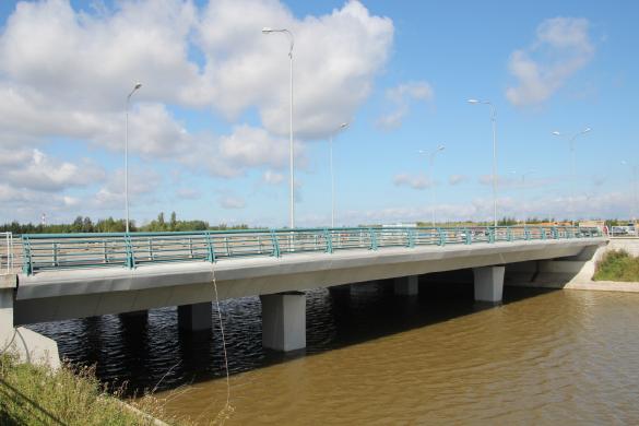 Мост через Матисов канал по улице Адмирала Трибуца