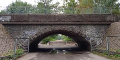 Железнодорожный путепровод в Удельном парке